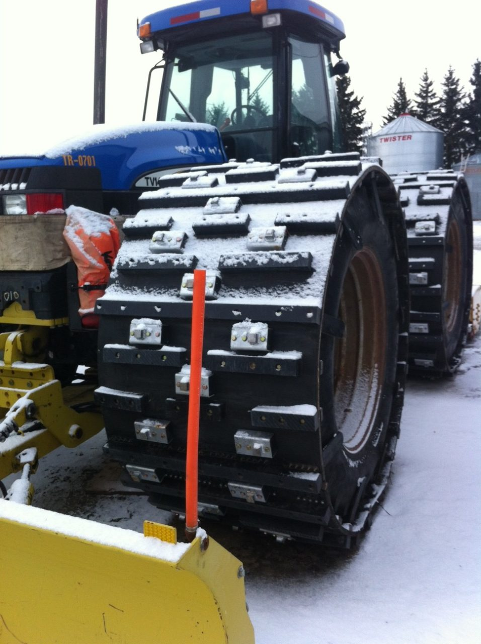 New Holland TV145 (Front View)