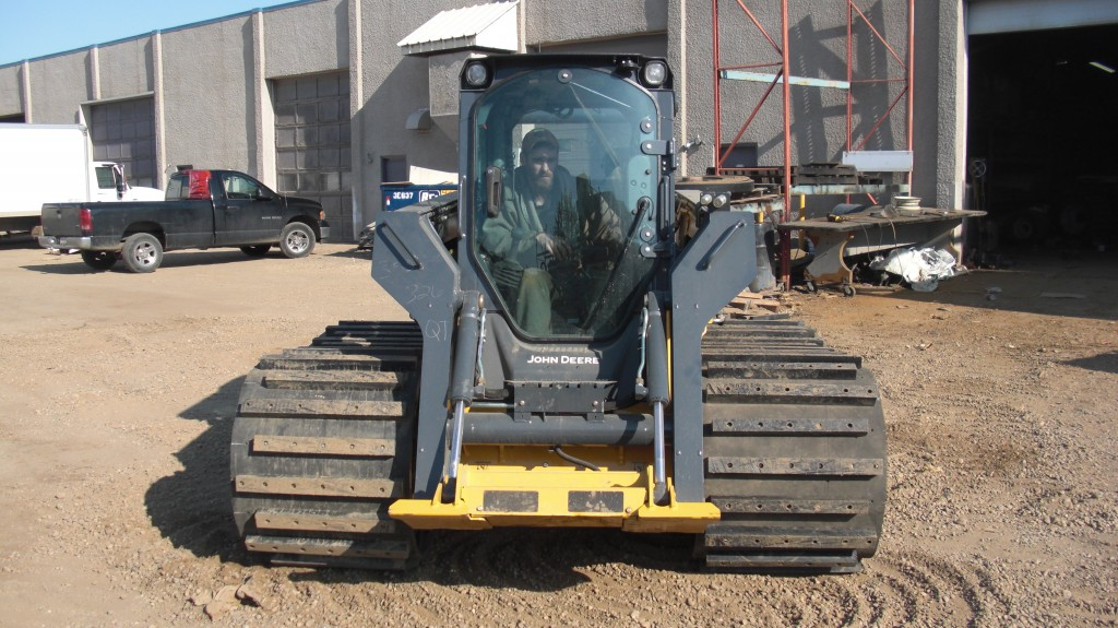 Skid Steer Axles : Tracks for skid steer loaders right track systems int