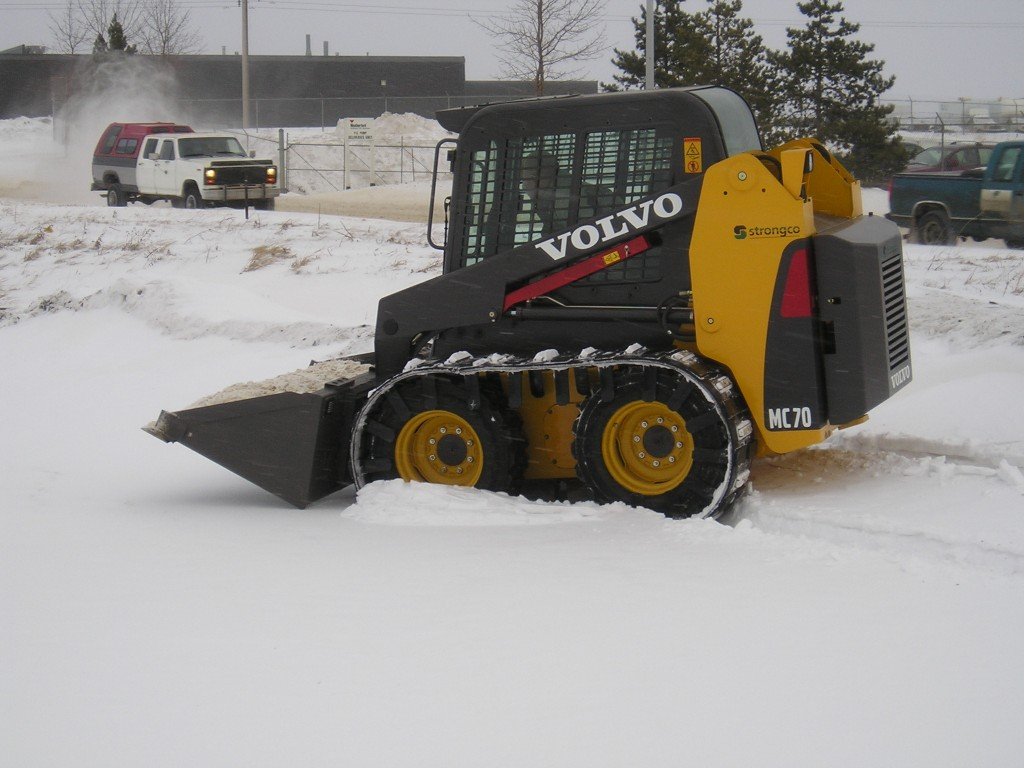 Skid Steer Over Tire Tracks Right Track Systems Int